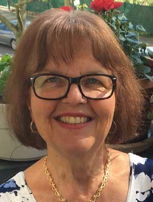Dr. Claudia Kaufhold