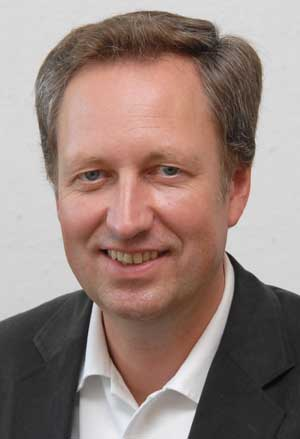 DM Steffen Hampel
